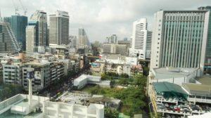 Immagini di backstage a Bangkok e Canton